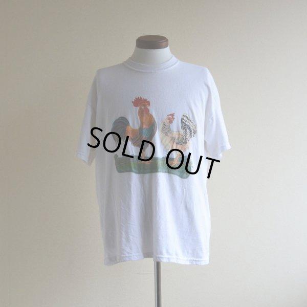 画像1: 1990s 庭には2羽ニワトリがいるTシャツ  表記L